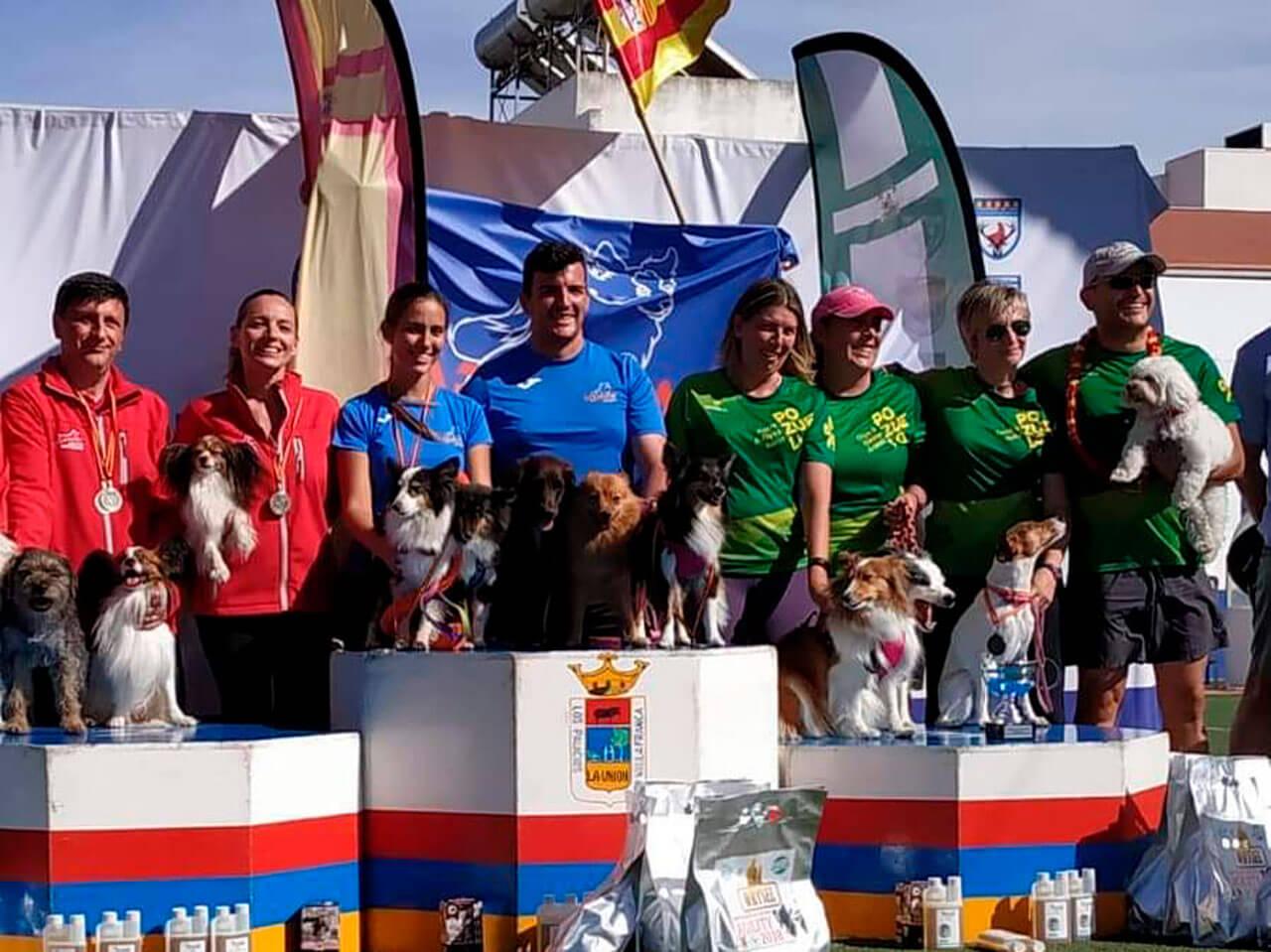 Podium Equipos categoría 30-40